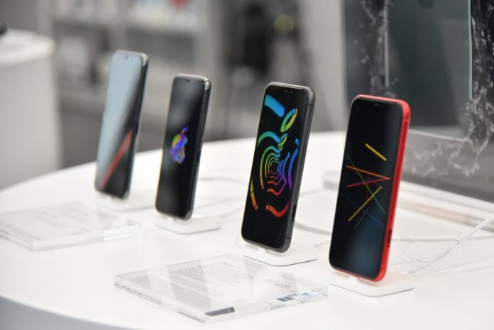 Sales of smartphones in Russia was a record