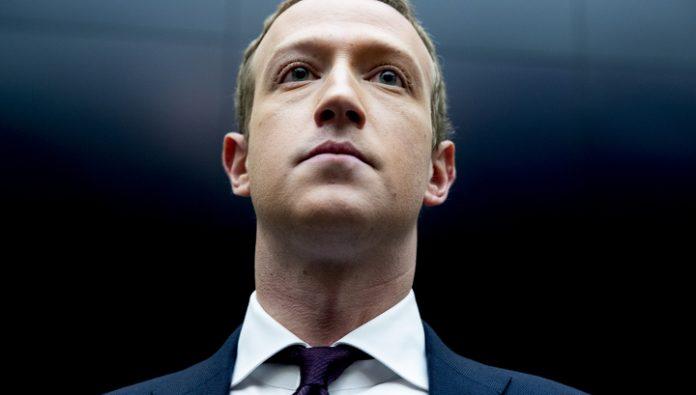 Employees of Facebook said virtual strike on the decision Zuckerberg