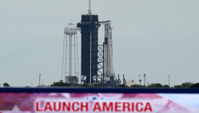 SpaceX plans to build a floating spaceport